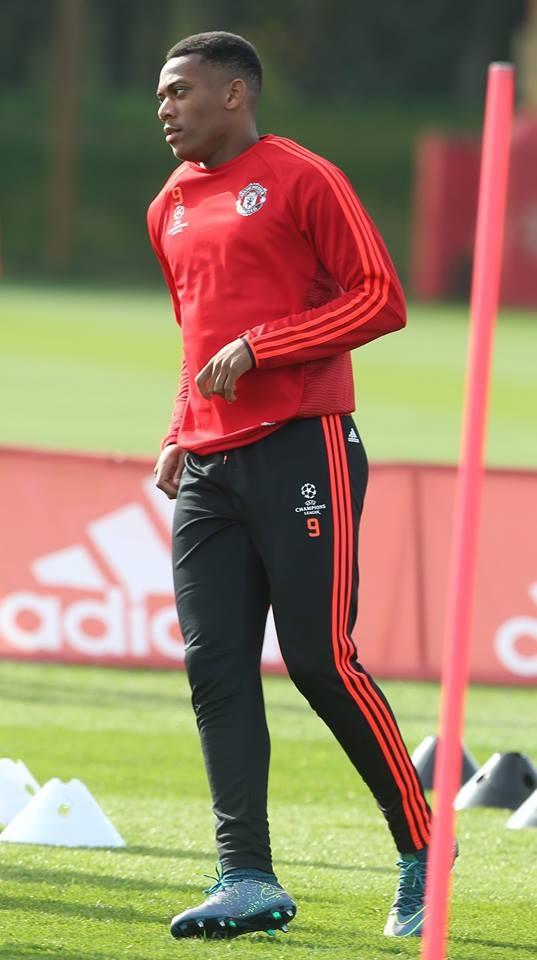 Tài năng trẻ Martial đang thi đấu tốt ở Premier Legue, tuy nhiên anh đang tịt ngòi ở Champions League khi có 505 phút thi đấu ở giải này mà chưa ghi được bàn thắng