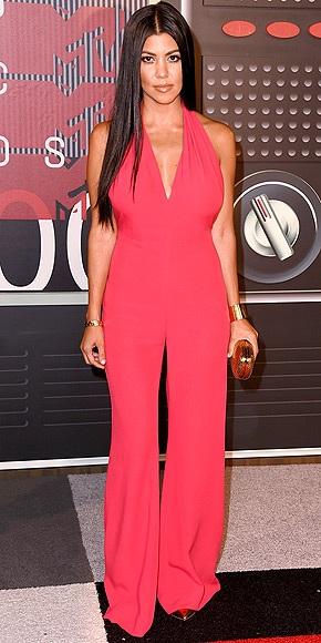 """Những """"sao"""" mặc đẹp nhất trên thảm đỏ VMA - 7"""
