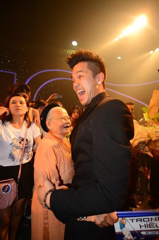 Trọng Hiếu trở thành quán quân Vietnam Idol 2015 - 3