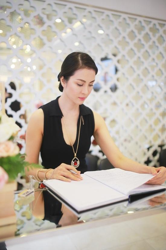 Thanh Mai, chia sẻ, xúc động, nghệ thuật, kinh doanh, khó khăn
