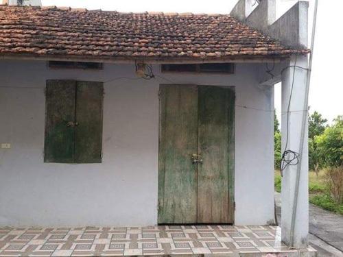 Căn nhà cấp 4 trong chùa, nơi em Vũ Thị P. bị nhốt