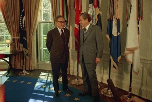 Vì sao Tổng thống Mỹ Nixon nói dối về chiến dịch ném bom Việt Nam? - 2