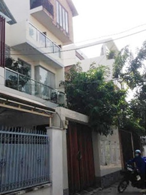 2 căn biệt thự bị trộm đột nhập trong cùng một đêm.