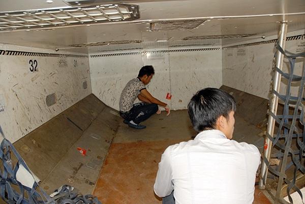 Hành khách sơ hở, nhân viên sân bay móc trộm hành lý - 2
