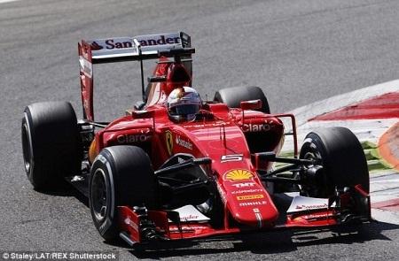 Hamilton giành pole trước sức ép của Ferrari - 6