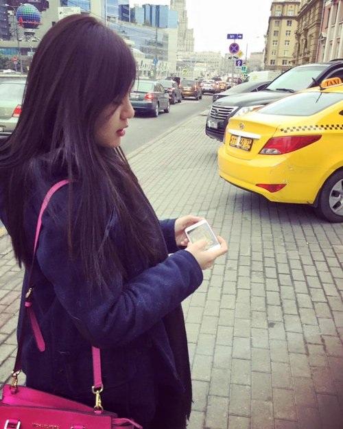 Cắt tóc giống như một cách giúp Tú Linh giải tỏa stress sau scandal