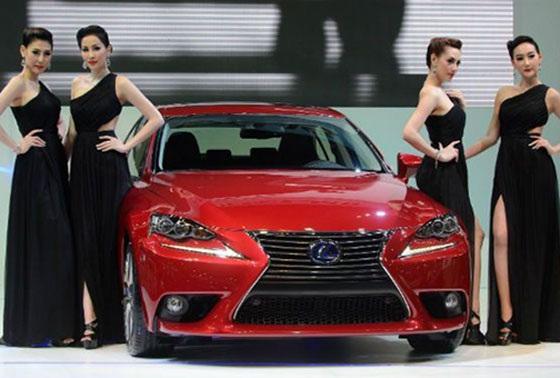 Sự thay đổi tăng đột biến về thuế tiêu thụ đặc biệt chắc chắn sẽ có tác động mạnh tới hàng loạt thương hiệu xe cao cấp và siêu sang giá đắt đỏ.