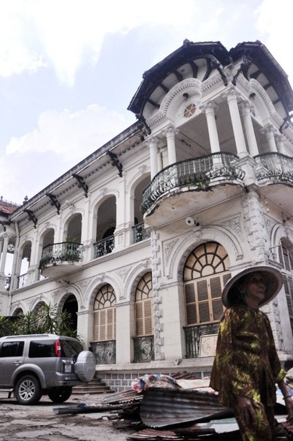 Ngắm căn biệt thự cổ giá gần 35 triệu USD giữa Sài Gòn - 4