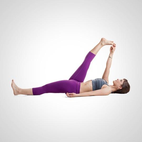 """7 động tác yoga cải thiện """"chuyện yêu"""" - 5"""