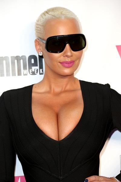 Vợ cũ của Rapper đình đám Wiz Khalifa giờ đây đã không còn phải kiếm tiền bằng nghề múa thoát y