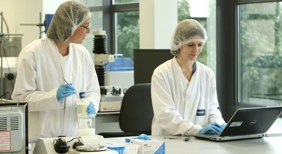 Mỗi sản phẩm sữa Anka là thành quả của 800 nhà khoa học và chuyên gia dinh dưỡng đang làm việc tại Trung tâm Nghiên cứu và Ứng dụng dinh dưỡng toàn cầu thuộc tập đoàn Kerry