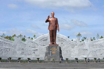 """Thủ tướng yêu cầu Sơn La báo cáo việc xây tượng đài """"nghìn tỷ"""" - 1"""
