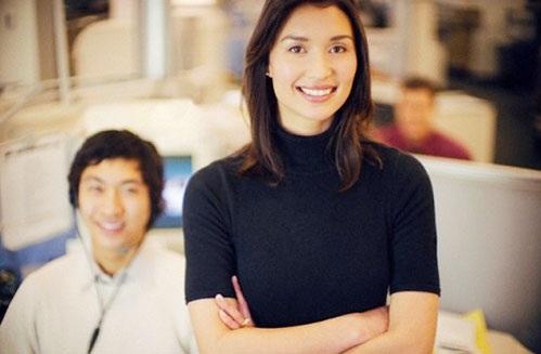 Cùng với tuổi tác, tính chất công việc của dân văn phòng sẽ khiến máu lưu thông kém, gia tăng stress, gây ảnh hưởng đến trí nhớ. (Ảnh minh họa)
