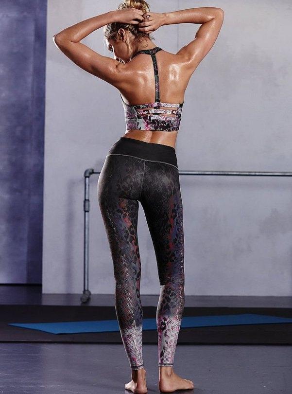 Người đẹp cao 1,76m tập Boxing, pilates và yoga mỗi ngày để có được thân hình khỏe mạnh và dẻo dai