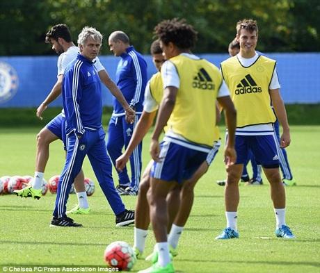 Chelsea của Mourinho đang ở trong giai đoạn khó khăn