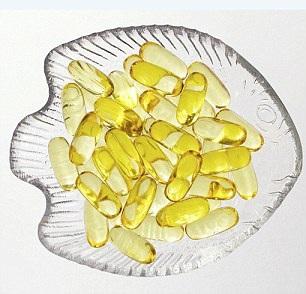 Dầu cá bổ sung a xít béo omega-3, tốt cho sức khỏe tim mạch