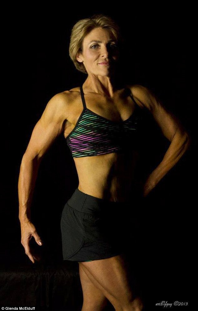 Từ bỏ béo phì, ngoạn mục trở thành vận động viên thể hình - 5