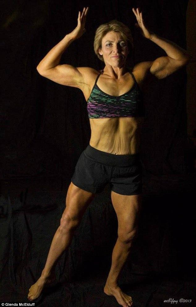 Từ bỏ béo phì, ngoạn mục trở thành vận động viên thể hình - 9