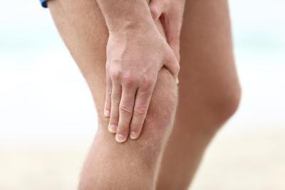 Cách nào trị đau khớp gối? - 1