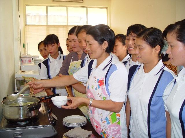 Nhu cầu học kỹ năng nghề của nữ giúp việc gia đình rất lớn (ảnh minh họa)