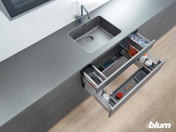 Ray hộp thông minh cho ngăn kéo dưới bồn rửa.