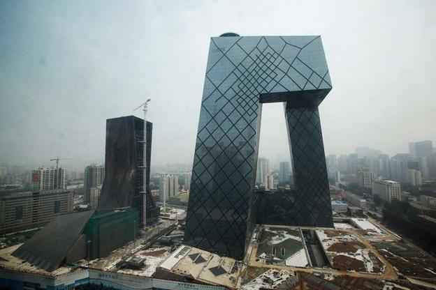 Tòa nhà trụ sở CCTV (Trung Quốc) là công trình của kiến trúc sư Ole Scheeren và Rem Koolhaas