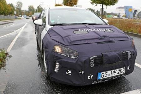 Hyundai hé lộ hình ảnh tân binh IONIQ - 8
