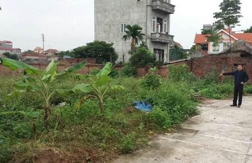 Cận cảnh mảnh đất ma tại huyện Hoài Đức khiến người dân điêu đứng.