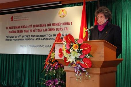 Học thạc sỹ Kế toán Tài chính- Quản trị tại Việt Nam, nhận bằng của CHLB Đức - 2