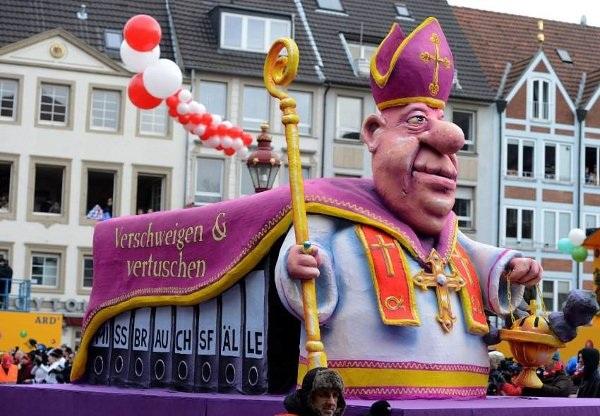 Độc đáo lễ hội hoá trang 5000 năm tuổi ở Đức - 3