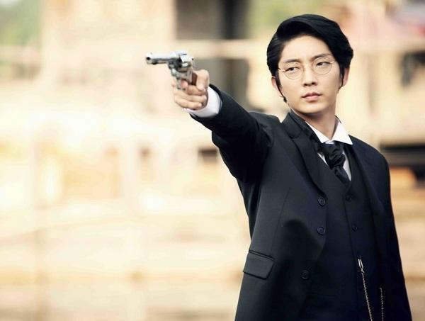 HTV2 - Lee Jun Ki vai Park Yoon Kang (8).JPG
