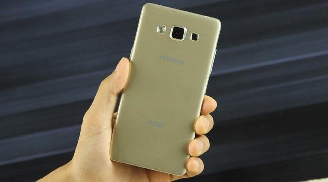 Những sản phẩm Samsung giảm giá mạnh từ đầu năm 2015 đến nay - 4