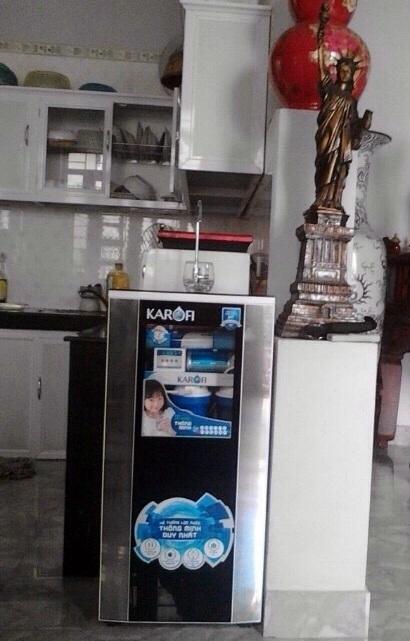 Một chiếc máy lọc nước thông minh hiện nay (nguồn internet)