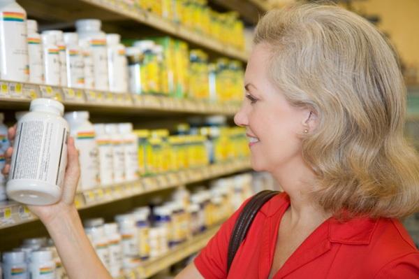 Mua hàng tại các đại lý chính hãng là cách giảm thiểu rủi ro cho người tiêu dùng