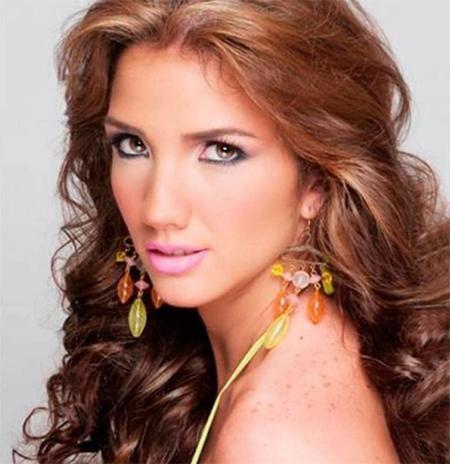 Sau cái chết của Hoa hậu Monica Spear, Hoa hậu Du lịch Genesis Carmona đã xuống đường biểu tình phản đối nạn bạo lực và yêu cầu Tổng thống Nicolas Maduro từ chức. Genesis Carmona đã bị bắn thẳng vào đầu và không thể qua khỏi. Các nhân chứng cho biết Genesis là nạn nhân của nhóm người ủng hộ chính phủ muốn tấn công vào nhóm người biểu tình.