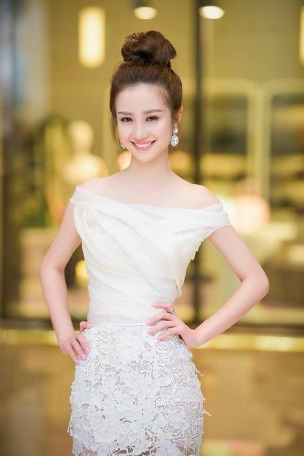 """9X xinh đẹp được báo Trung Quốc mệnh danh """"cô gái trà sữa Việt"""" - 12"""