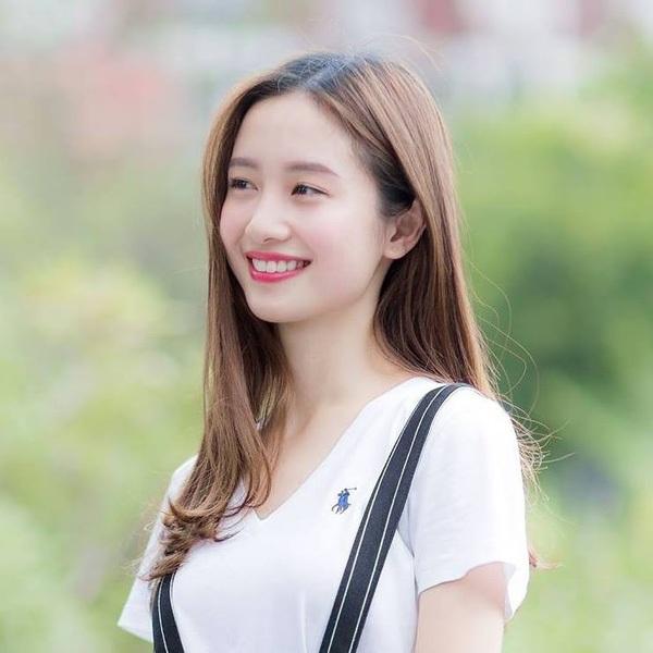 """9X xinh đẹp được báo Trung Quốc mệnh danh """"cô gái trà sữa Việt"""" - 6"""