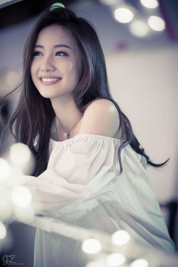 """9X xinh đẹp được báo Trung Quốc mệnh danh """"cô gái trà sữa Việt"""" - 9"""