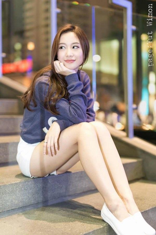 """Vẻ năng động của """"cô gái trà sữa"""" Việt."""