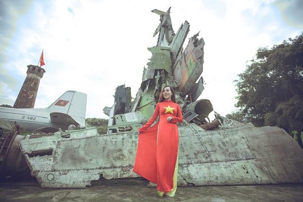 Nữ sinh Hà thành rạng rỡ trong tà áo dài cờ đỏ sao vàng - 7