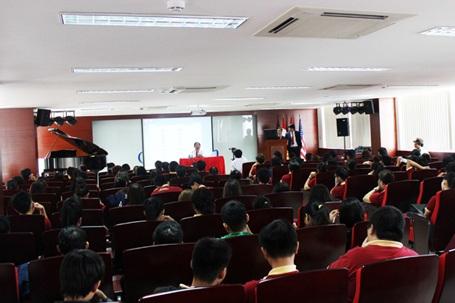 ĐH Quốc tế Sài Gòn & nghiên cứu khoa học của sinh viên - 2