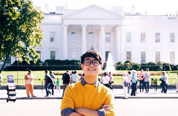 Nguyễn Siêu hiện đang là SV chuyên ngành Truyền thông và Điện ảnh tại ĐH Vassar, Mỹ.