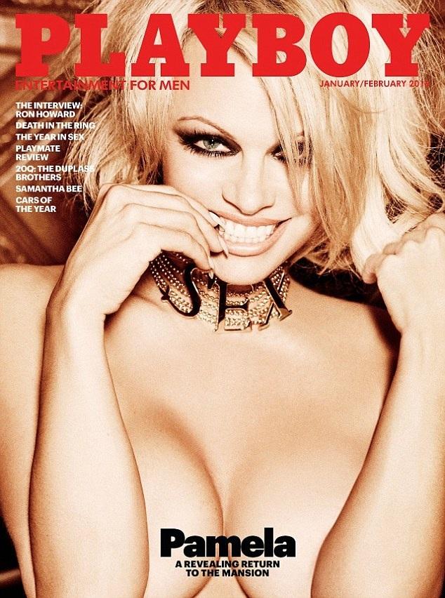"""48 tuổi, Pamela Anderson lại chụp ảnh """"nude"""" cho Playboy - 1"""
