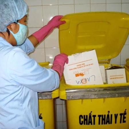 Bài toán rác thải y tế: Lời giải trong tay các bệnh viện - 1