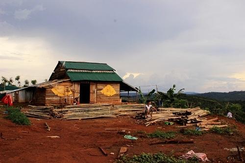 Đắk Nông: Phó trưởng công an xã vô tư chiếm dụng đất công - 1