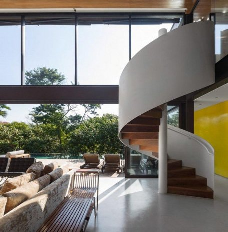 Những mẫu cầu thang xoắn ốc đẹp cho ngôi nhà có diện tích khiêm tốn - 8