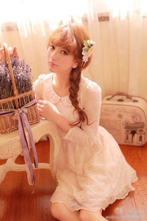 Nhiều khán giả nhận xét Phương Viện giống bông hồng lai Leah Dizon của Nhật Bản.