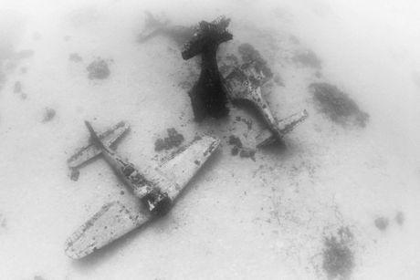 Cận cảnh nghĩa địa máy bay dưới đáy Thái Bình Dương - 6