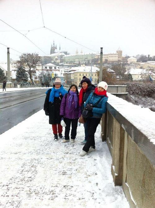 Lội tuyết tham quan Praha