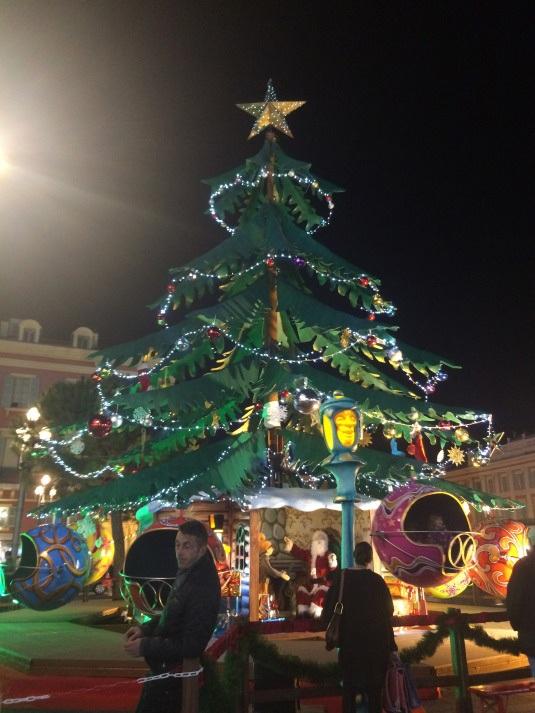 Không khí Noel ở Nice
